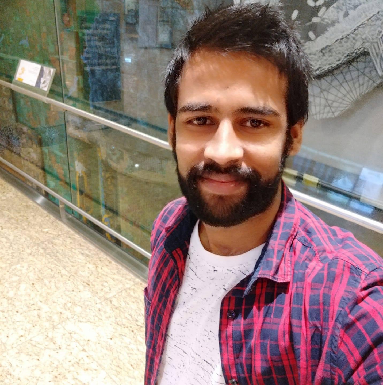 Mr Tasvinder Saini